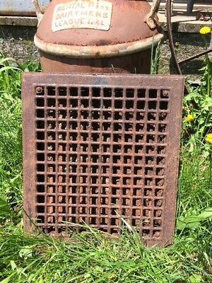 Antique Vintage Metal Heat Register wall Floor Grate vent with louvers 16x14