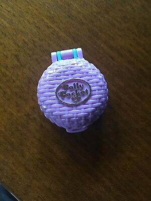Polly Pocket Mini Bluebird 1993 Fuzzy Bunny Locket