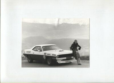 N°11106 / photo d'epoque PLYMOUTH Barracuda team Aseptogyl  1974