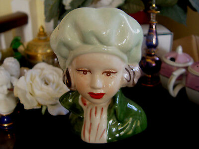 PRETTY LADY HEAD VASE - Green Beret & coat