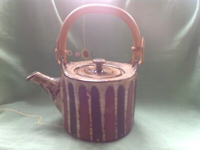 """VINTAGE BRIGLIN TEAPOT. 9"""" high (with handle)"""