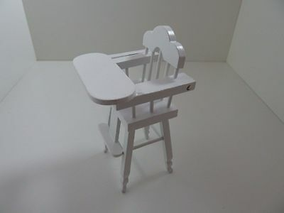 Dolls House Miniature 1:12th Scale Furniture Nursery White High Chair (T5293)