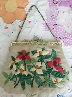 Vintage 50s Floral Flower Embroidered Clutch Purse Gold Chain Woven