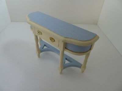 Dolls House Miniature 1:12th Scale Furniture Lounge Hall Hand Painted Side Table