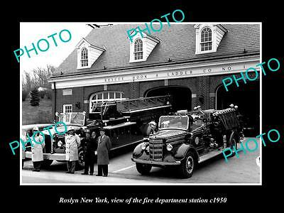 OLD LARGE HISTORIC PHOTO OF ROSLYN NEW YORK FIRE DEPARTMENT STATION c1950