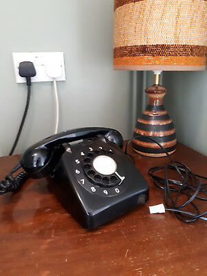 Vintage 1960's Black Telephone, great condition & in full working order