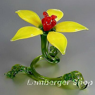Glass figurine self-standig flower made of colored glass Width 10 cm / 4 inch!