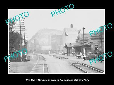 OLD LARGE HISTORIC PHOTO OF RED WING MINNESOTA, THE RAILROAD DEPOT STATION c1940