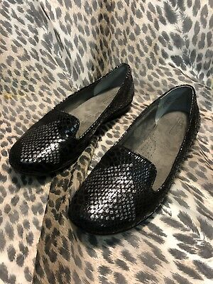 b07439a1056 Women s Cliffs by White Mountain Howl Black Loafer Shoes Size 8.5 M Silver