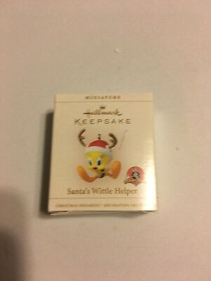 HKO Hallmark Santa's Wittle Helper Little Tweety Mini Miniature Ornament 2006