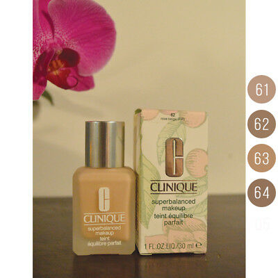 Clinique beyond perfecting Foundation + Concealer SPE 30/PA ++++ i