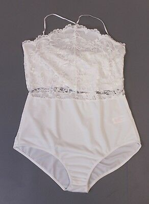 4a4304ab70a Boohoo Women's Tia Lace Scalloped Edge Bodysuit HD3 Ivory Plus Size US: 16