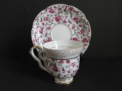 Yada Fine Bone China Tea Cup and Saucer Red Roses Gold Accents Japan Vtg.
