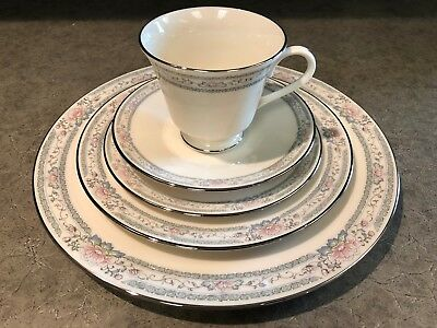 LENOX Charleston (12) 5-Piece Place Settings Perfect Condition - Never Used