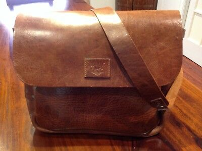 WILL LEATHER GOODS Postal Messenger Bag Nwt