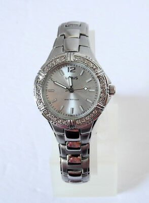 LORUS Womens Watch LR2104 All Silver Tone CRYSTALS New Battery JAPAN New w/o Box