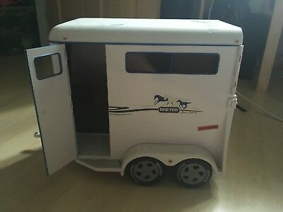 Breyer 2 Horse Traditional Size Trailer