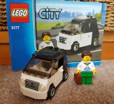 Lego City Small Car 3177 Very Rare Retired Set 100 Complete W