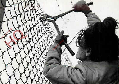 Picture Postcard: Usaf Greenham Common, Cuting The Fence [Acme]