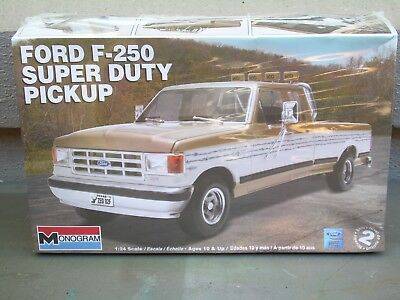 Ford F250 Super Duty Pickup Monogram Kit1/25 Scale-Brand New & Sealed-131 Pieces