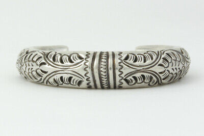 Intriguing Thailand Sterling Silver Etched Rattle Cuff Bracelet