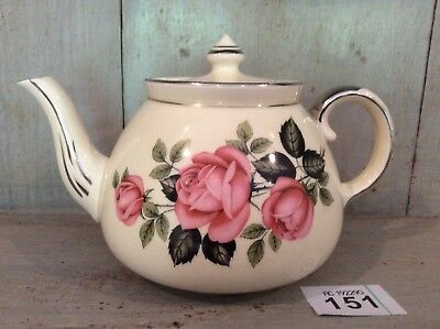 VINTAGE GIBSONS STAFFORDSHIRE ENGLISH Large TEAPOT PINK ROSES 1 3/4 Pints