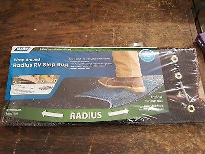Camco 42949 RV Step Rug ( Premium Radius Wrap Around Step Rug, Turf Material