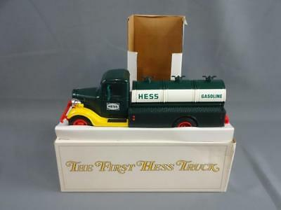 1983 Hess 1933 Chevy Fuel Oil Truck Red Switch Working w/Box & Inserts EX - A