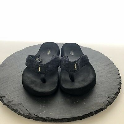 265bdca38521 CLARKS SPRINGERS OUTDOOR Sandals Size 8m Womens Thong Black Athletic ...
