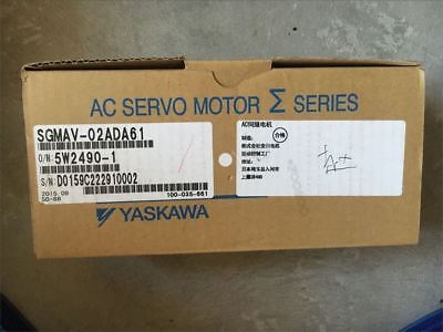 1Pc New Yaskawa Servo Motor SGMAV-02ADA61 xl