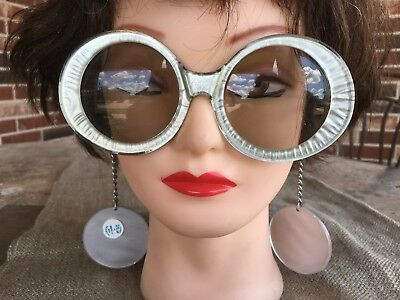 Imperfect 1960s Fembot Space Age Silver Vintage Mod Sunglasses,Earrings on Chain