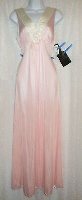 Vtg NWT Pink Vanity Fair Medallion on Bodice Nylon Nightgown Gown Negligee  S