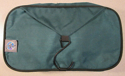 18f1098a0e7 Eagle Creek Travel Gear Hanging Toiletry Kit Shower Bag Tote Organizer Green
