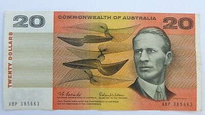 $20 R401L 1966  The First Year Last Serial Number Australian Paper Banknote