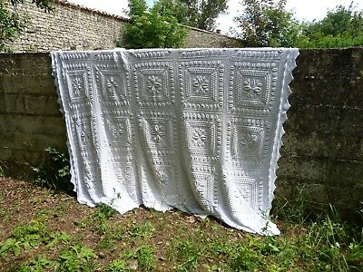French Handmade white cotton knitted coverlet bedspread