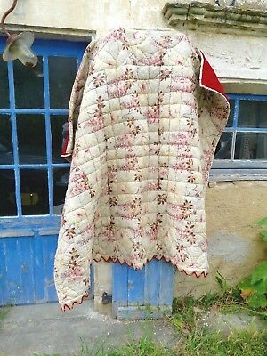 Antique 1900 French quilt boutis eiderdown bedspread floral pattern/  recto vers