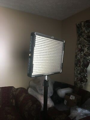 Aputure Amaran AL-528C LED Video Light Panel Color Temperature Adjustment AL528C