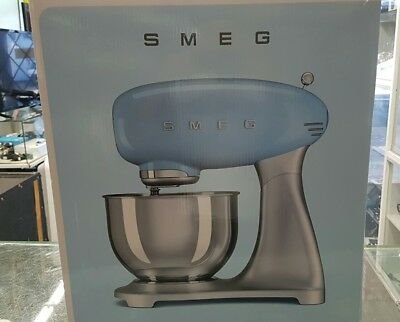 SMEG 50's STAND MIXER  SMF01 DEGINED NEW IN THE BOX !!!!