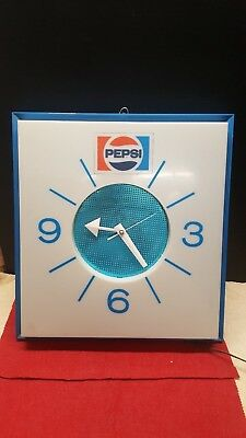 Vintage Electric Pepsi Wall Clock