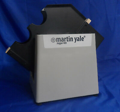 Martin Yale Table Top Paper Jogger 400 - Excellent Condition!