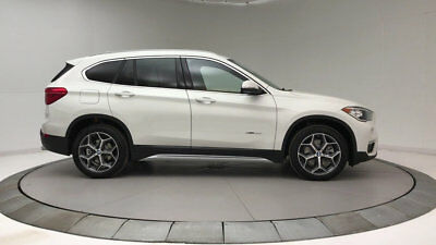 BMW X1 sDrive28i Sports Activity Vehicle sDrive28i Sports Activity Vehicle 4 dr Automatic Gasoline 2.0L 4 Cyl Alpine Whit