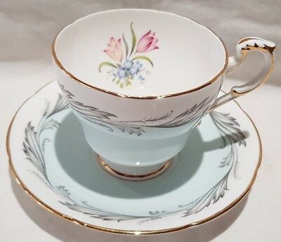 Paragon Bone China Ecstasy Pattern Teacup & Saucer c1963-72 Made In England