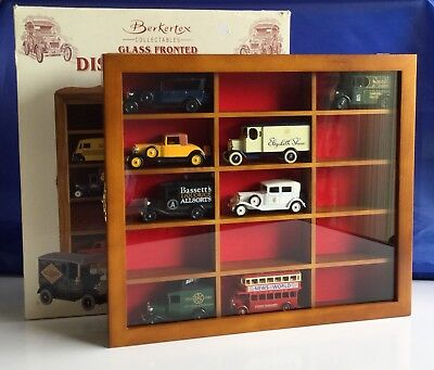 Vintage Model Car Glass Fronted Display Cabinet With 8 Lledo Cars New Boxed