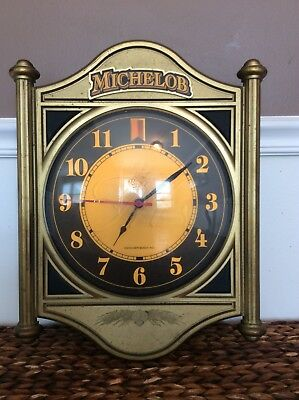 Vintage Michelob Anheuser Busch Beer Lighted Advertising Wall Clock - WORKS!