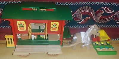 Sylvanian Families Vintage Gypsy Wagon With Horse And Accessories