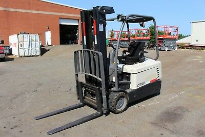 Crown Lift  3 Wheel Sc4040-40 Ultra  Low Hour Unit  Under 500 Hours Never Used