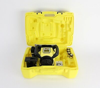 Leica Rugby 670 Multi-Purpose Rotating Grade Laser Level Kit