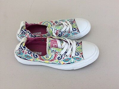 Converse Chuck Taylor All Star Shoreline Women's Size 6 White Pink Floral Print