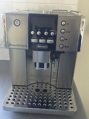 DeLonghi PrimaDonna S Deluxe ESAM 6600 14 Cups Coffee Maker - Silver hardly used