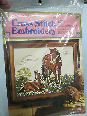 Vintage NOS Columbia-Minerva Cross Stitch Embroidery Kit 14 x 11 Picture ~Horses